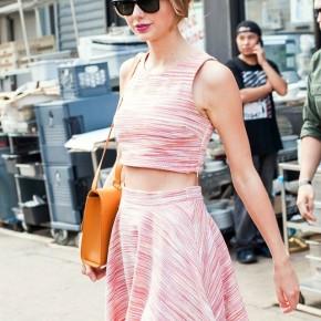 Sao gợi ý mặc đẹp với 9 kiểu chân váy mùahè