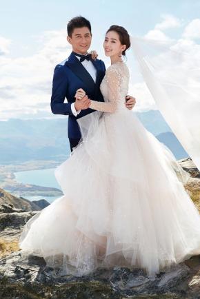 Những mẫu váy cưới đẹp như mơ của sao Hoangữ