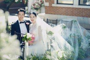 """Ảnh cưới đẹp như phim của cặp đôi """"con ghẻ quốc dân"""" Lee Dong Gun và Jo YoonHee"""